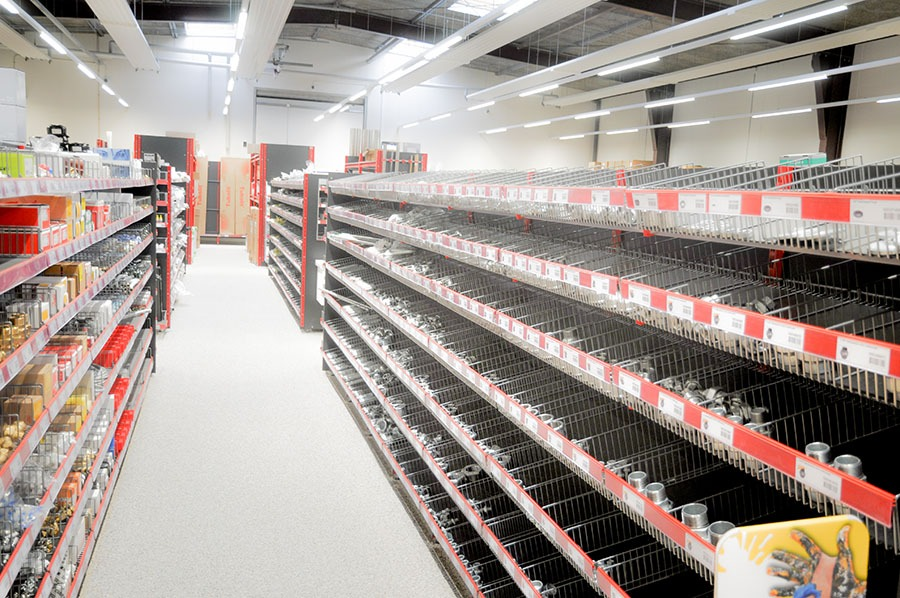 shop fittings and shelving systems in Denmark | Germany